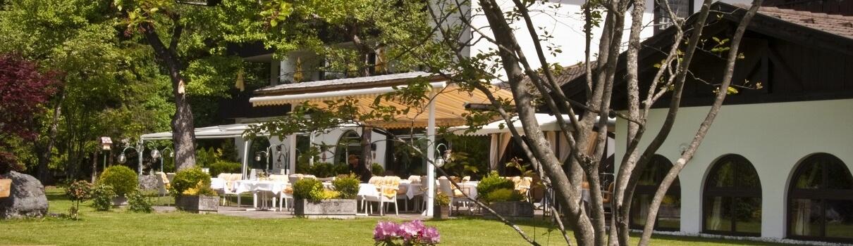 Alpenhof Grainau Hotel & Terrasse Aussenansicht