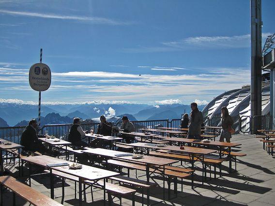 Biergarten auf der Zugspitze