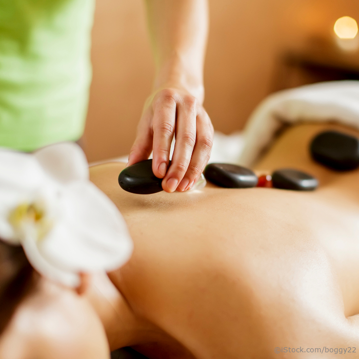 alpenhof-grainau-wellness-massagen-hot-stone-massage