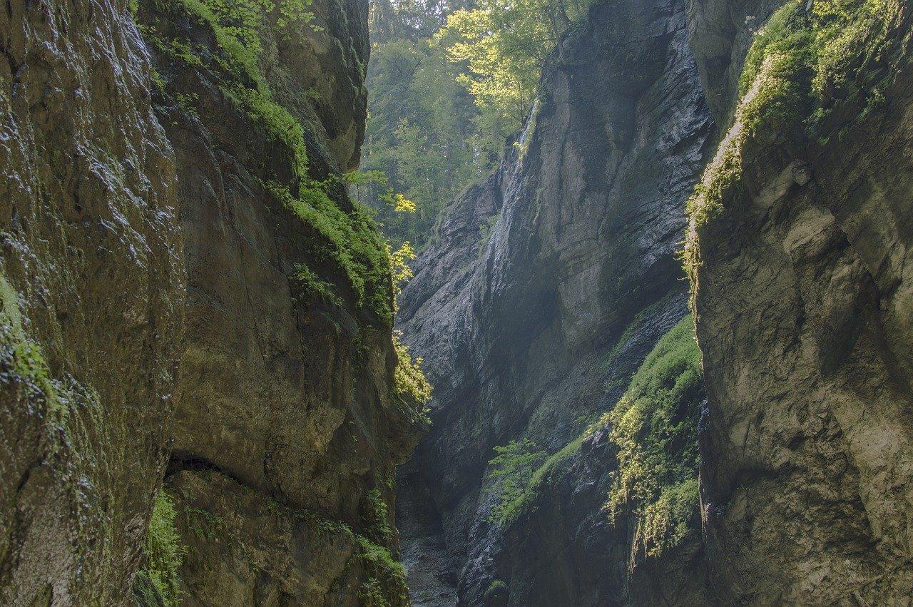 alpenhof-grainau-höllentalklamm-schlucht